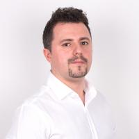 XFactorApp - Aplicatii WEB&Mobile | Servicii Software | Custom Valentin Vasilescu