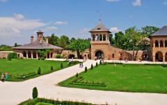 Palatul Mogoșoaia ... spațiu de evadare pentru bucureșteni