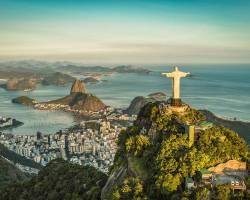 Voyage linguistique & culturel au Carnaval de Rio et Portugal