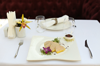 terina de foie gras