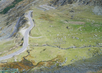 Transfagarasan in one day – How to take full advantage of Romania's most famous road in one day