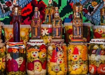 Winter traditions and customs in Romania