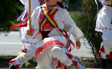 Călușarii, ritualul trecerii românilor prin lume