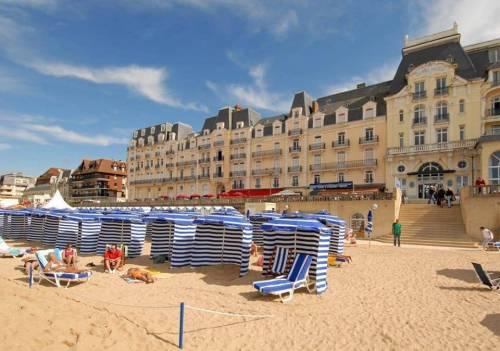 Cabourg & Beuvron en Auge, plus beau village de Normandie 29,9€
