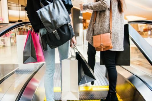 Analiza Traficului de Clienți prin Senzori WiFi